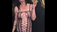 Stepmom Smoking In Fishnets